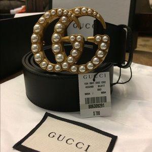 Women's Gucci gg pearl belt